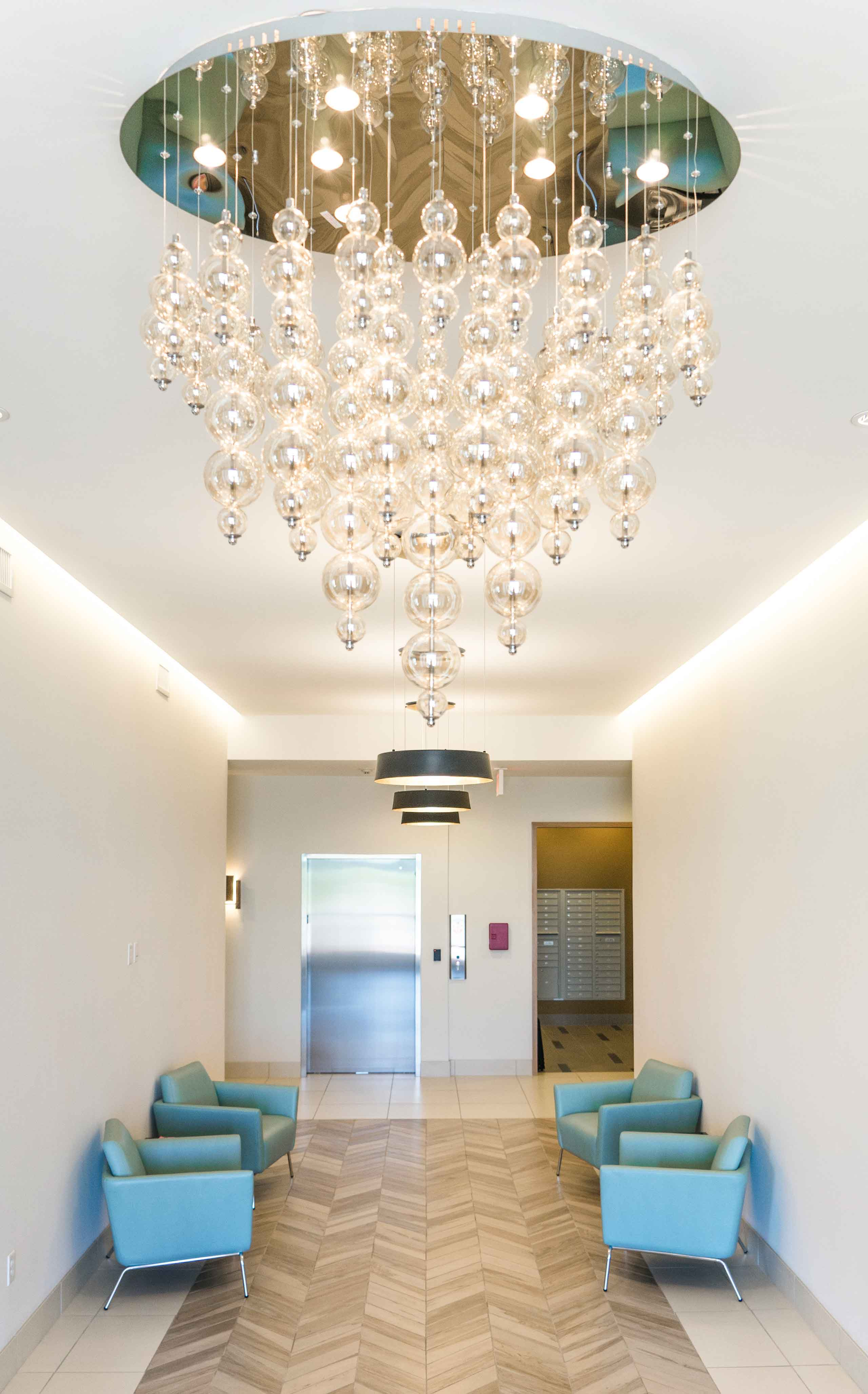 Domain-at-City-Center-Chandelier