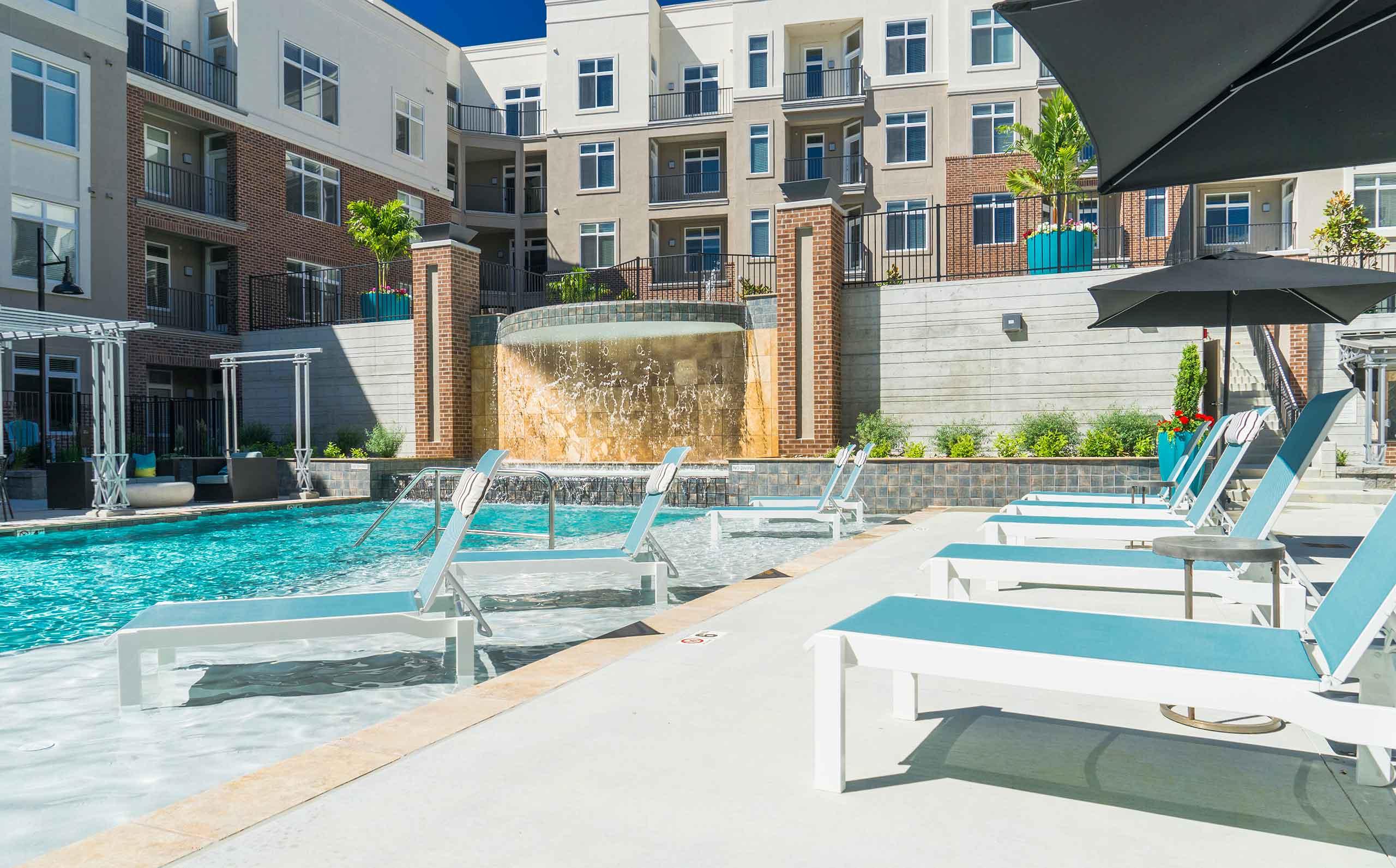 Domain-at-City-Center-Pool-Deck