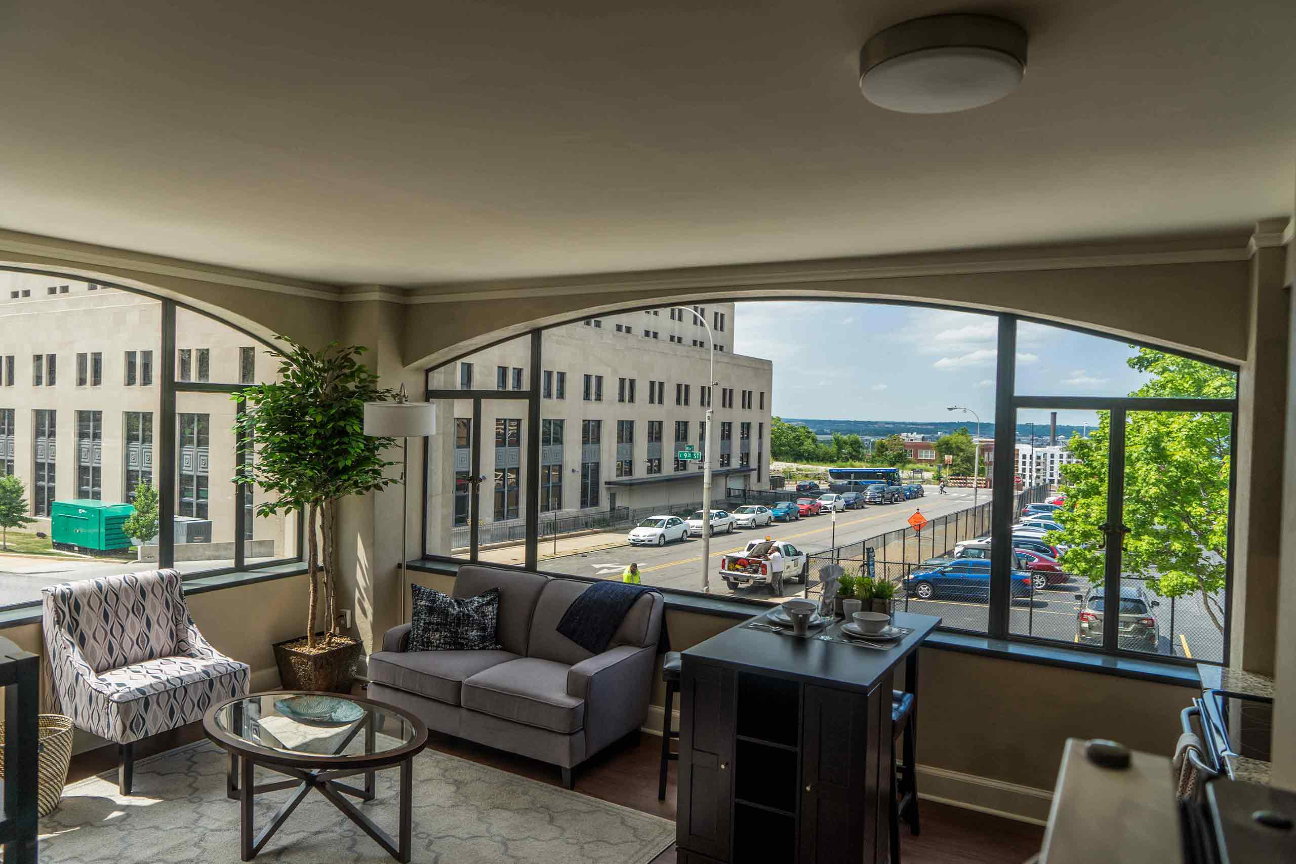 East-9-at-Pickwick-Plaza-Apartment-View-Right