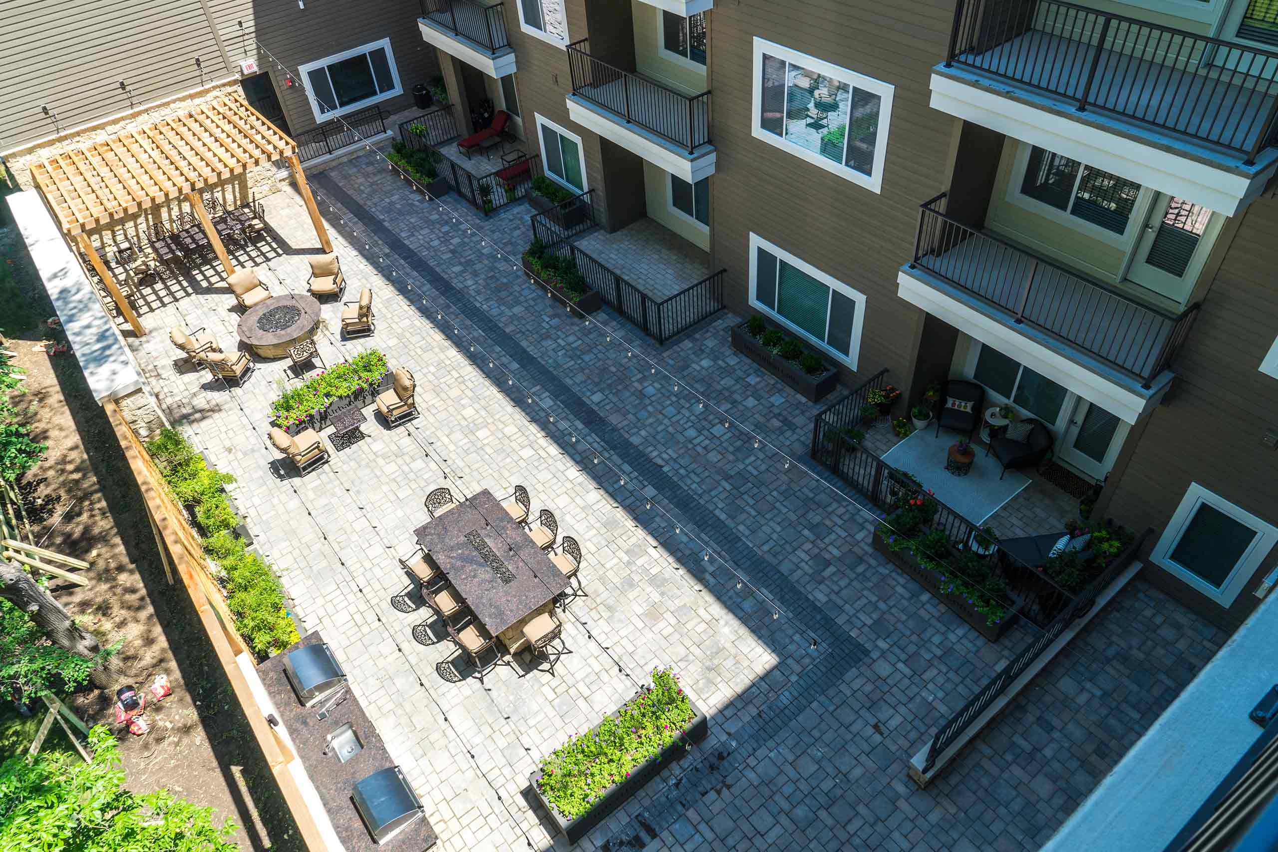 InterUrban-Lofts-patio-aerial-2