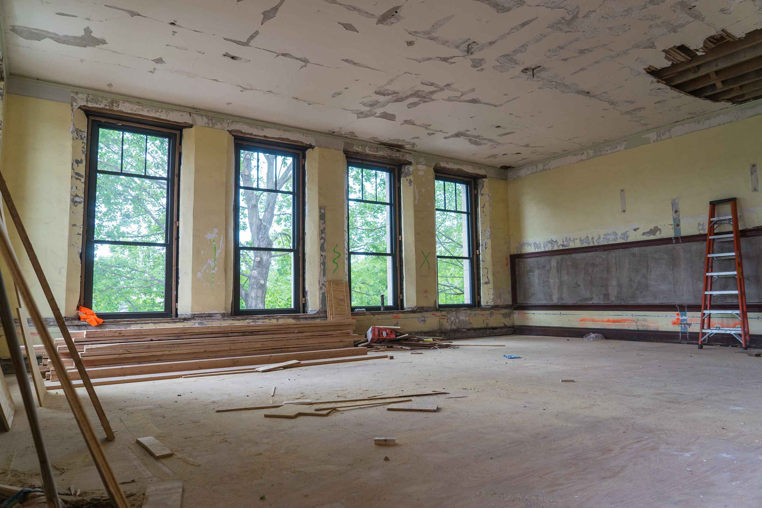 Norman-School-Lofts-Classroom-Blank-3